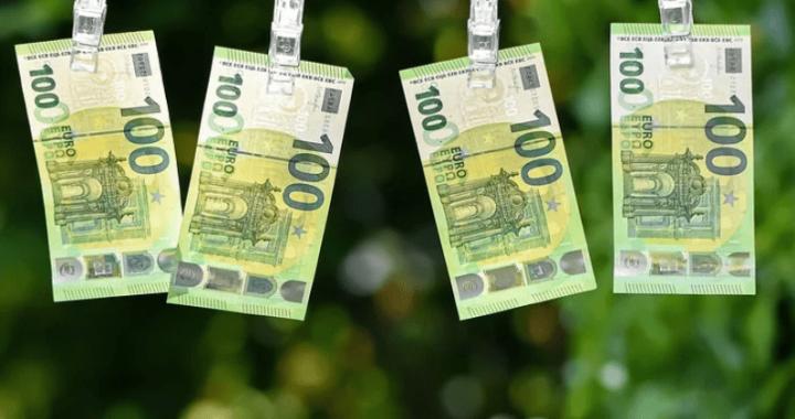 Faire fructifier 100 euros : quitte ou double ?